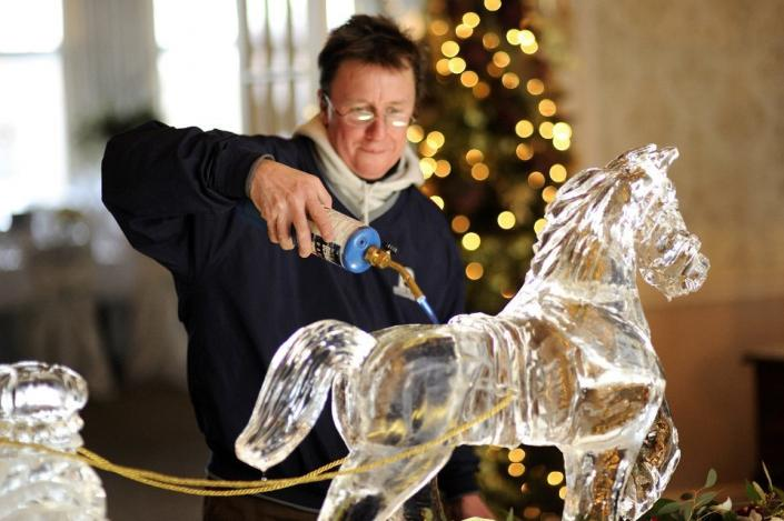 [Image: In 1998 Krystal Kleer became a full-time career for Paul Salmon. He strives to honor God through his talent as an ice carver. ]
